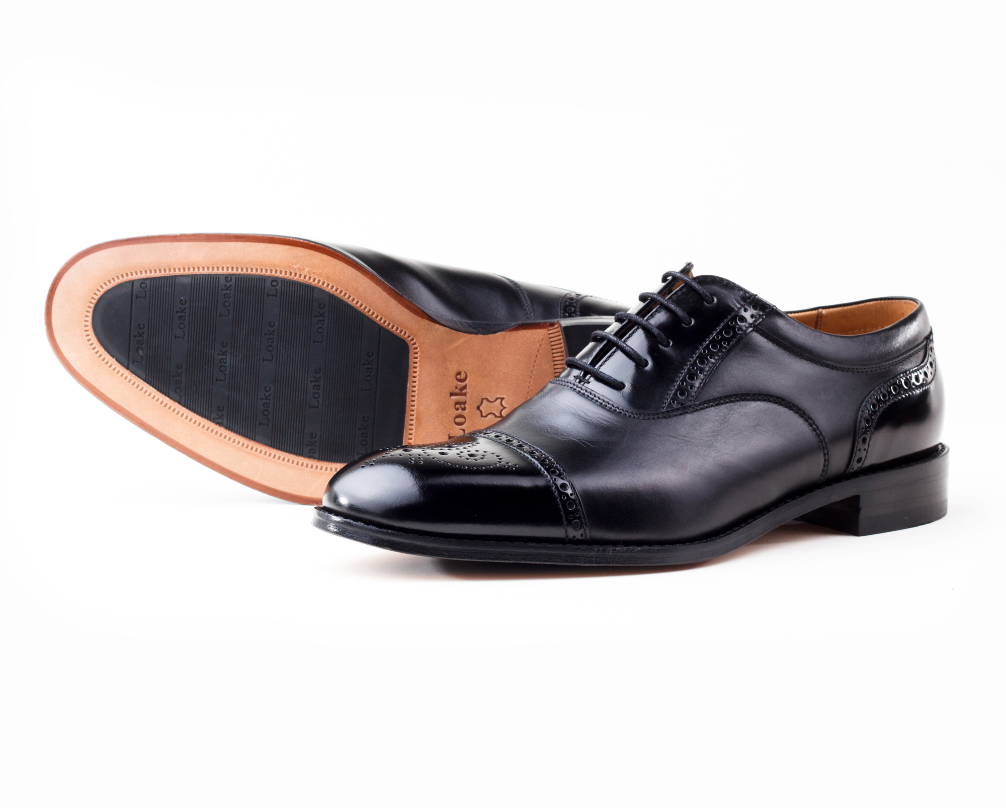 фото Броги Loake, WOODSTOCK BLACK от магазина MENSHOES